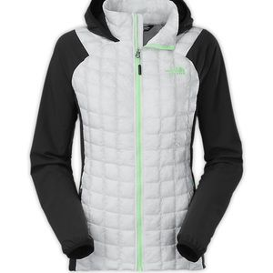 WOMEN'S THERMOBALL™ HYBRID HOODIE- The North Face